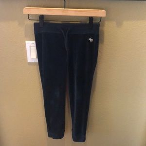 NWOT Abercrombie & Fitch Youth Girl Pants Sz 7/8